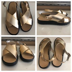 Shoes - NEW!! Gold Sandals, SIZE 7/8